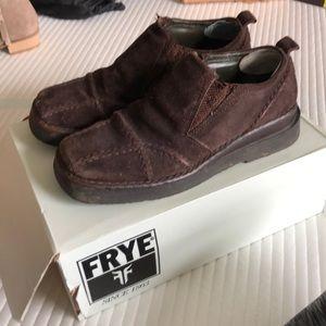 Frye Avenger slip on